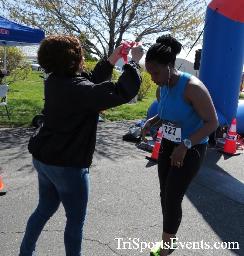 Dover Air Force Base Heritage Half Marathon & 5K<br><br><br><br><a href='http://www.trisportsevents.com/pics/16_DAFB_Half_&_5K_357.JPG' download='16_DAFB_Half_&_5K_357.JPG'>Click here to download.</a><Br><a href='http://www.facebook.com/sharer.php?u=http:%2F%2Fwww.trisportsevents.com%2Fpics%2F16_DAFB_Half_&_5K_357.JPG&t=Dover Air Force Base Heritage Half Marathon & 5K' target='_blank'><img src='images/fb_share.png' width='100'></a>