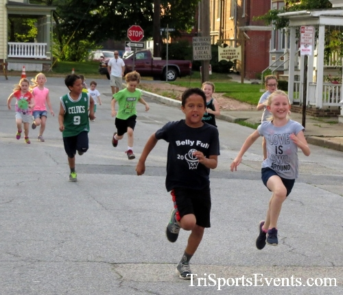 Firefly 5K Run/Walk<br><br><br><br><a href='https://www.trisportsevents.com/pics/16_Firefly_5K_014.JPG' download='16_Firefly_5K_014.JPG'>Click here to download.</a><Br><a href='http://www.facebook.com/sharer.php?u=http:%2F%2Fwww.trisportsevents.com%2Fpics%2F16_Firefly_5K_014.JPG&t=Firefly 5K Run/Walk' target='_blank'><img src='images/fb_share.png' width='100'></a>