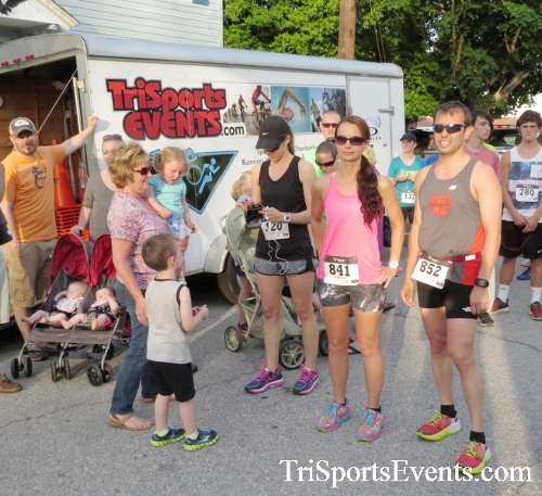 Firefly 5K Run/Walk<br><br><br><br><a href='https://www.trisportsevents.com/pics/16_Firefly_5K_025.JPG' download='16_Firefly_5K_025.JPG'>Click here to download.</a><Br><a href='http://www.facebook.com/sharer.php?u=http:%2F%2Fwww.trisportsevents.com%2Fpics%2F16_Firefly_5K_025.JPG&t=Firefly 5K Run/Walk' target='_blank'><img src='images/fb_share.png' width='100'></a>