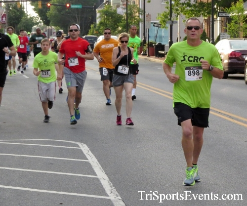 Firefly 5K Run/Walk<br><br><br><br><a href='https://www.trisportsevents.com/pics/16_Firefly_5K_039.JPG' download='16_Firefly_5K_039.JPG'>Click here to download.</a><Br><a href='http://www.facebook.com/sharer.php?u=http:%2F%2Fwww.trisportsevents.com%2Fpics%2F16_Firefly_5K_039.JPG&t=Firefly 5K Run/Walk' target='_blank'><img src='images/fb_share.png' width='100'></a>