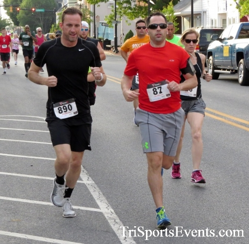 Firefly 5K Run/Walk<br><br><br><br><a href='https://www.trisportsevents.com/pics/16_Firefly_5K_040.JPG' download='16_Firefly_5K_040.JPG'>Click here to download.</a><Br><a href='http://www.facebook.com/sharer.php?u=http:%2F%2Fwww.trisportsevents.com%2Fpics%2F16_Firefly_5K_040.JPG&t=Firefly 5K Run/Walk' target='_blank'><img src='images/fb_share.png' width='100'></a>