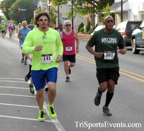Firefly 5K Run/Walk<br><br><br><br><a href='https://www.trisportsevents.com/pics/16_Firefly_5K_042.JPG' download='16_Firefly_5K_042.JPG'>Click here to download.</a><Br><a href='http://www.facebook.com/sharer.php?u=http:%2F%2Fwww.trisportsevents.com%2Fpics%2F16_Firefly_5K_042.JPG&t=Firefly 5K Run/Walk' target='_blank'><img src='images/fb_share.png' width='100'></a>