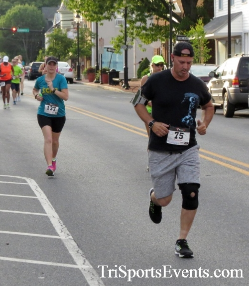 Firefly 5K Run/Walk<br><br><br><br><a href='https://www.trisportsevents.com/pics/16_Firefly_5K_044.JPG' download='16_Firefly_5K_044.JPG'>Click here to download.</a><Br><a href='http://www.facebook.com/sharer.php?u=http:%2F%2Fwww.trisportsevents.com%2Fpics%2F16_Firefly_5K_044.JPG&t=Firefly 5K Run/Walk' target='_blank'><img src='images/fb_share.png' width='100'></a>