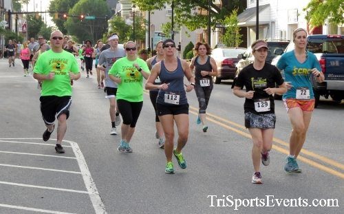 Firefly 5K Run/Walk<br><br><br><br><a href='https://www.trisportsevents.com/pics/16_Firefly_5K_047.JPG' download='16_Firefly_5K_047.JPG'>Click here to download.</a><Br><a href='http://www.facebook.com/sharer.php?u=http:%2F%2Fwww.trisportsevents.com%2Fpics%2F16_Firefly_5K_047.JPG&t=Firefly 5K Run/Walk' target='_blank'><img src='images/fb_share.png' width='100'></a>