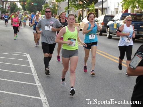 Firefly 5K Run/Walk<br><br><br><br><a href='https://www.trisportsevents.com/pics/16_Firefly_5K_049.JPG' download='16_Firefly_5K_049.JPG'>Click here to download.</a><Br><a href='http://www.facebook.com/sharer.php?u=http:%2F%2Fwww.trisportsevents.com%2Fpics%2F16_Firefly_5K_049.JPG&t=Firefly 5K Run/Walk' target='_blank'><img src='images/fb_share.png' width='100'></a>