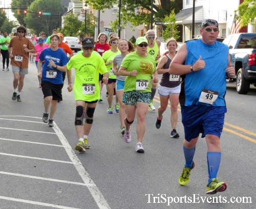 Firefly 5K Run/Walk<br><br><br><br><a href='https://www.trisportsevents.com/pics/16_Firefly_5K_053.JPG' download='16_Firefly_5K_053.JPG'>Click here to download.</a><Br><a href='http://www.facebook.com/sharer.php?u=http:%2F%2Fwww.trisportsevents.com%2Fpics%2F16_Firefly_5K_053.JPG&t=Firefly 5K Run/Walk' target='_blank'><img src='images/fb_share.png' width='100'></a>