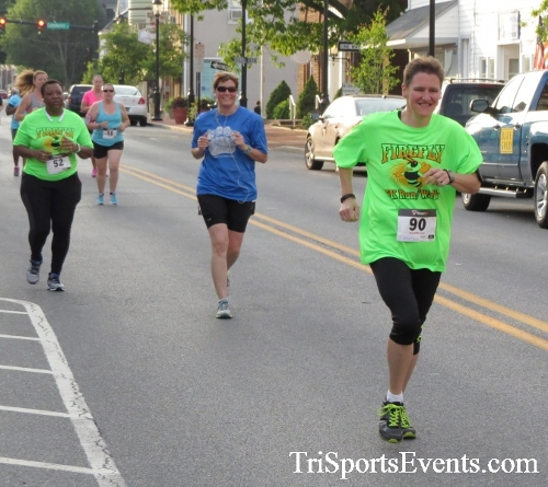 Firefly 5K Run/Walk<br><br><br><br><a href='https://www.trisportsevents.com/pics/16_Firefly_5K_057.JPG' download='16_Firefly_5K_057.JPG'>Click here to download.</a><Br><a href='http://www.facebook.com/sharer.php?u=http:%2F%2Fwww.trisportsevents.com%2Fpics%2F16_Firefly_5K_057.JPG&t=Firefly 5K Run/Walk' target='_blank'><img src='images/fb_share.png' width='100'></a>