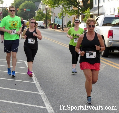 Firefly 5K Run/Walk<br><br><br><br><a href='https://www.trisportsevents.com/pics/16_Firefly_5K_062.JPG' download='16_Firefly_5K_062.JPG'>Click here to download.</a><Br><a href='http://www.facebook.com/sharer.php?u=http:%2F%2Fwww.trisportsevents.com%2Fpics%2F16_Firefly_5K_062.JPG&t=Firefly 5K Run/Walk' target='_blank'><img src='images/fb_share.png' width='100'></a>