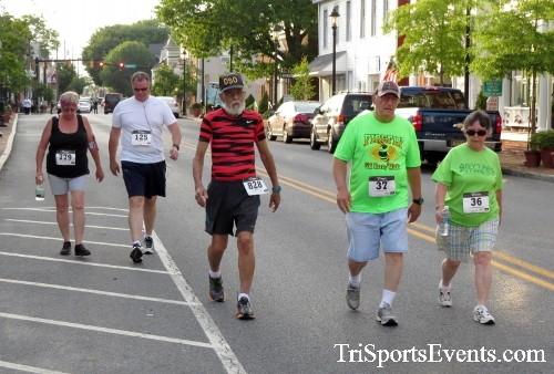 Firefly 5K Run/Walk<br><br><br><br><a href='https://www.trisportsevents.com/pics/16_Firefly_5K_075.JPG' download='16_Firefly_5K_075.JPG'>Click here to download.</a><Br><a href='http://www.facebook.com/sharer.php?u=http:%2F%2Fwww.trisportsevents.com%2Fpics%2F16_Firefly_5K_075.JPG&t=Firefly 5K Run/Walk' target='_blank'><img src='images/fb_share.png' width='100'></a>