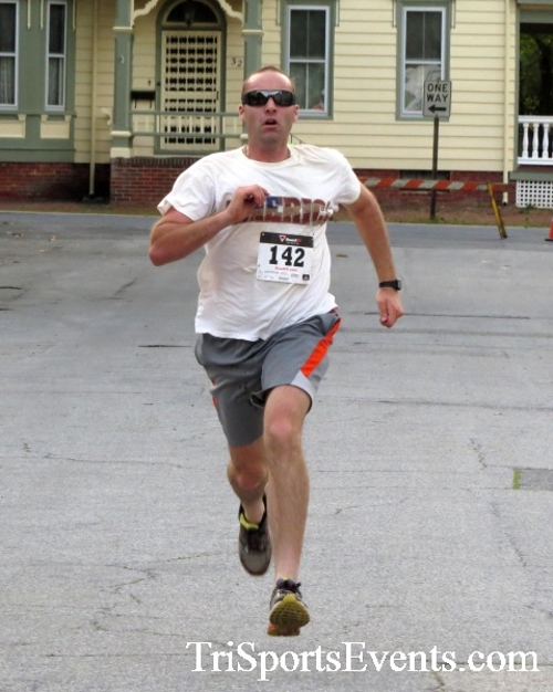 Firefly 5K Run/Walk<br><br><br><br><a href='https://www.trisportsevents.com/pics/16_Firefly_5K_092.JPG' download='16_Firefly_5K_092.JPG'>Click here to download.</a><Br><a href='http://www.facebook.com/sharer.php?u=http:%2F%2Fwww.trisportsevents.com%2Fpics%2F16_Firefly_5K_092.JPG&t=Firefly 5K Run/Walk' target='_blank'><img src='images/fb_share.png' width='100'></a>