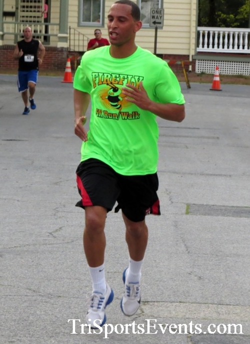 Firefly 5K Run/Walk<br><br><br><br><a href='http://www.trisportsevents.com/pics/16_Firefly_5K_093.JPG' download='16_Firefly_5K_093.JPG'>Click here to download.</a><Br><a href='http://www.facebook.com/sharer.php?u=http:%2F%2Fwww.trisportsevents.com%2Fpics%2F16_Firefly_5K_093.JPG&t=Firefly 5K Run/Walk' target='_blank'><img src='images/fb_share.png' width='100'></a>