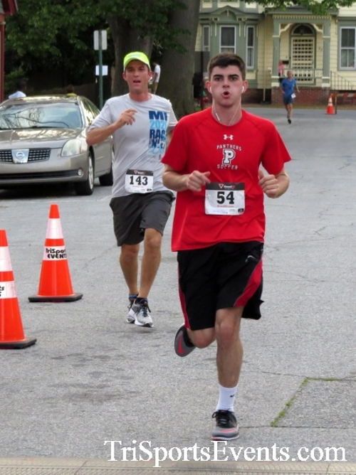 Firefly 5K Run/Walk<br><br><br><br><a href='https://www.trisportsevents.com/pics/16_Firefly_5K_097.JPG' download='16_Firefly_5K_097.JPG'>Click here to download.</a><Br><a href='http://www.facebook.com/sharer.php?u=http:%2F%2Fwww.trisportsevents.com%2Fpics%2F16_Firefly_5K_097.JPG&t=Firefly 5K Run/Walk' target='_blank'><img src='images/fb_share.png' width='100'></a>