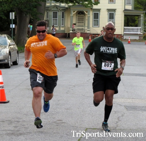 Firefly 5K Run/Walk<br><br><br><br><a href='https://www.trisportsevents.com/pics/16_Firefly_5K_109.JPG' download='16_Firefly_5K_109.JPG'>Click here to download.</a><Br><a href='http://www.facebook.com/sharer.php?u=http:%2F%2Fwww.trisportsevents.com%2Fpics%2F16_Firefly_5K_109.JPG&t=Firefly 5K Run/Walk' target='_blank'><img src='images/fb_share.png' width='100'></a>