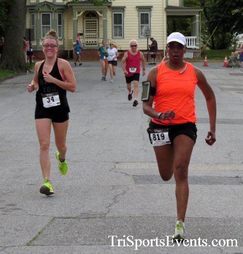 Firefly 5K Run/Walk<br><br><br><br><a href='https://www.trisportsevents.com/pics/16_Firefly_5K_118.JPG' download='16_Firefly_5K_118.JPG'>Click here to download.</a><Br><a href='http://www.facebook.com/sharer.php?u=http:%2F%2Fwww.trisportsevents.com%2Fpics%2F16_Firefly_5K_118.JPG&t=Firefly 5K Run/Walk' target='_blank'><img src='images/fb_share.png' width='100'></a>