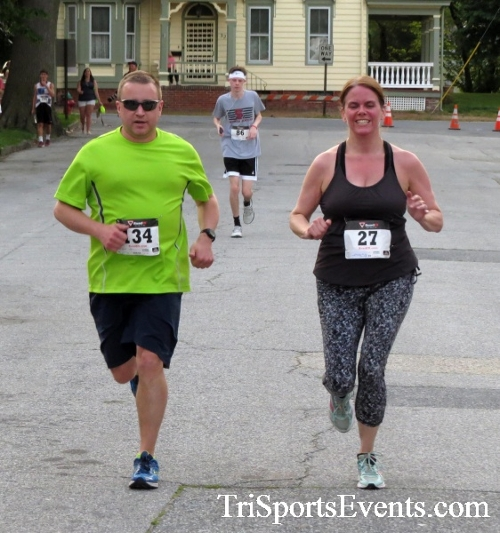 Firefly 5K Run/Walk<br><br><br><br><a href='http://www.trisportsevents.com/pics/16_Firefly_5K_123.JPG' download='16_Firefly_5K_123.JPG'>Click here to download.</a><Br><a href='http://www.facebook.com/sharer.php?u=http:%2F%2Fwww.trisportsevents.com%2Fpics%2F16_Firefly_5K_123.JPG&t=Firefly 5K Run/Walk' target='_blank'><img src='images/fb_share.png' width='100'></a>