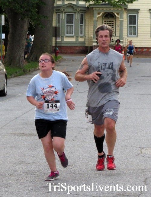 Firefly 5K Run/Walk<br><br><br><br><a href='https://www.trisportsevents.com/pics/16_Firefly_5K_127.JPG' download='16_Firefly_5K_127.JPG'>Click here to download.</a><Br><a href='http://www.facebook.com/sharer.php?u=http:%2F%2Fwww.trisportsevents.com%2Fpics%2F16_Firefly_5K_127.JPG&t=Firefly 5K Run/Walk' target='_blank'><img src='images/fb_share.png' width='100'></a>