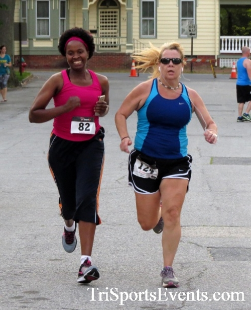 Firefly 5K Run/Walk<br><br><br><br><a href='https://www.trisportsevents.com/pics/16_Firefly_5K_128.JPG' download='16_Firefly_5K_128.JPG'>Click here to download.</a><Br><a href='http://www.facebook.com/sharer.php?u=http:%2F%2Fwww.trisportsevents.com%2Fpics%2F16_Firefly_5K_128.JPG&t=Firefly 5K Run/Walk' target='_blank'><img src='images/fb_share.png' width='100'></a>