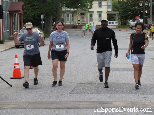 Firefly 5K Run/Walk<br><br><br><br><a href='https://www.trisportsevents.com/pics/16_Firefly_5K_190.JPG' download='16_Firefly_5K_190.JPG'>Click here to download.</a><Br><a href='http://www.facebook.com/sharer.php?u=http:%2F%2Fwww.trisportsevents.com%2Fpics%2F16_Firefly_5K_190.JPG&t=Firefly 5K Run/Walk' target='_blank'><img src='images/fb_share.png' width='100'></a>