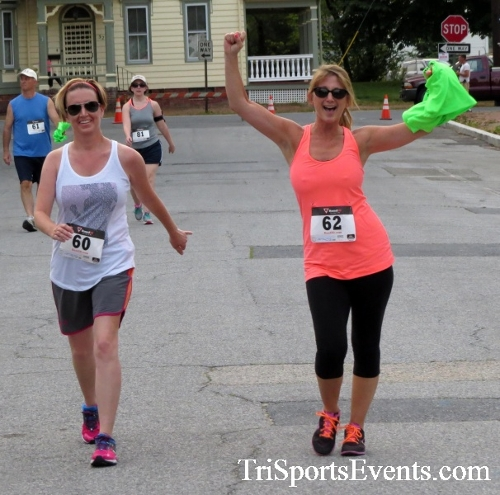 Firefly 5K Run/Walk<br><br><br><br><a href='http://www.trisportsevents.com/pics/16_Firefly_5K_193.JPG' download='16_Firefly_5K_193.JPG'>Click here to download.</a><Br><a href='http://www.facebook.com/sharer.php?u=http:%2F%2Fwww.trisportsevents.com%2Fpics%2F16_Firefly_5K_193.JPG&t=Firefly 5K Run/Walk' target='_blank'><img src='images/fb_share.png' width='100'></a>