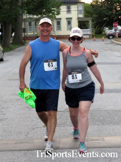 Firefly 5K Run/Walk<br><br><br><br><a href='https://www.trisportsevents.com/pics/16_Firefly_5K_195.JPG' download='16_Firefly_5K_195.JPG'>Click here to download.</a><Br><a href='http://www.facebook.com/sharer.php?u=http:%2F%2Fwww.trisportsevents.com%2Fpics%2F16_Firefly_5K_195.JPG&t=Firefly 5K Run/Walk' target='_blank'><img src='images/fb_share.png' width='100'></a>