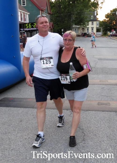 Firefly 5K Run/Walk<br><br><br><br><a href='http://www.trisportsevents.com/pics/16_Firefly_5K_204.JPG' download='16_Firefly_5K_204.JPG'>Click here to download.</a><Br><a href='http://www.facebook.com/sharer.php?u=http:%2F%2Fwww.trisportsevents.com%2Fpics%2F16_Firefly_5K_204.JPG&t=Firefly 5K Run/Walk' target='_blank'><img src='images/fb_share.png' width='100'></a>