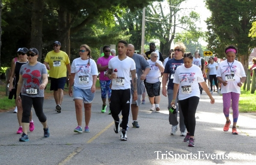 Freedom 5K Run/Walk & Roll<br><br><br><br><a href='http://www.trisportsevents.com/pics/16_Freedom_5K_046.JPG' download='16_Freedom_5K_046.JPG'>Click here to download.</a><Br><a href='http://www.facebook.com/sharer.php?u=http:%2F%2Fwww.trisportsevents.com%2Fpics%2F16_Freedom_5K_046.JPG&t=Freedom 5K Run/Walk & Roll' target='_blank'><img src='images/fb_share.png' width='100'></a>