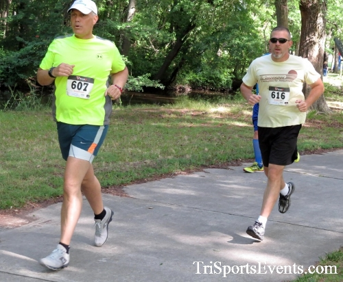 Freedom 5K Run/Walk & Roll<br><br><br><br><a href='http://www.trisportsevents.com/pics/16_Freedom_5K_072.JPG' download='16_Freedom_5K_072.JPG'>Click here to download.</a><Br><a href='http://www.facebook.com/sharer.php?u=http:%2F%2Fwww.trisportsevents.com%2Fpics%2F16_Freedom_5K_072.JPG&t=Freedom 5K Run/Walk & Roll' target='_blank'><img src='images/fb_share.png' width='100'></a>