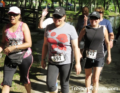 Freedom 5K Run/Walk & Roll<br><br><br><br><a href='http://www.trisportsevents.com/pics/16_Freedom_5K_108.JPG' download='16_Freedom_5K_108.JPG'>Click here to download.</a><Br><a href='http://www.facebook.com/sharer.php?u=http:%2F%2Fwww.trisportsevents.com%2Fpics%2F16_Freedom_5K_108.JPG&t=Freedom 5K Run/Walk & Roll' target='_blank'><img src='images/fb_share.png' width='100'></a>