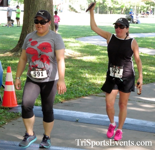 Freedom 5K Run/Walk & Roll<br><br><br><br><a href='http://www.trisportsevents.com/pics/16_Freedom_5K_302.JPG' download='16_Freedom_5K_302.JPG'>Click here to download.</a><Br><a href='http://www.facebook.com/sharer.php?u=http:%2F%2Fwww.trisportsevents.com%2Fpics%2F16_Freedom_5K_302.JPG&t=Freedom 5K Run/Walk & Roll' target='_blank'><img src='images/fb_share.png' width='100'></a>