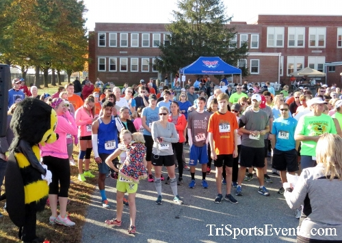 Gobble Wobble 5K Run/Walk<br><br><br><br><a href='http://www.trisportsevents.com/pics/16_Gobble_Wobble_5K_022.JPG' download='16_Gobble_Wobble_5K_022.JPG'>Click here to download.</a><Br><a href='http://www.facebook.com/sharer.php?u=http:%2F%2Fwww.trisportsevents.com%2Fpics%2F16_Gobble_Wobble_5K_022.JPG&t=Gobble Wobble 5K Run/Walk' target='_blank'><img src='images/fb_share.png' width='100'></a>