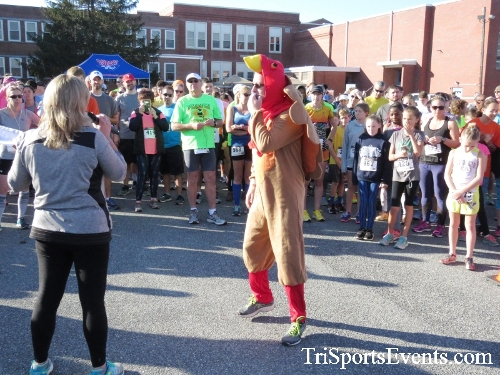 Gobble Wobble 5K Run/Walk<br><br><br><br><a href='http://www.trisportsevents.com/pics/16_Gobble_Wobble_5K_025.JPG' download='16_Gobble_Wobble_5K_025.JPG'>Click here to download.</a><Br><a href='http://www.facebook.com/sharer.php?u=http:%2F%2Fwww.trisportsevents.com%2Fpics%2F16_Gobble_Wobble_5K_025.JPG&t=Gobble Wobble 5K Run/Walk' target='_blank'><img src='images/fb_share.png' width='100'></a>