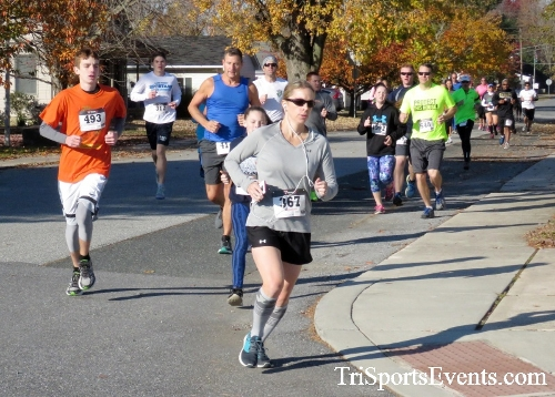 Gobble Wobble 5K Run/Walk<br><br><br><br><a href='http://www.trisportsevents.com/pics/16_Gobble_Wobble_5K_075.JPG' download='16_Gobble_Wobble_5K_075.JPG'>Click here to download.</a><Br><a href='http://www.facebook.com/sharer.php?u=http:%2F%2Fwww.trisportsevents.com%2Fpics%2F16_Gobble_Wobble_5K_075.JPG&t=Gobble Wobble 5K Run/Walk' target='_blank'><img src='images/fb_share.png' width='100'></a>