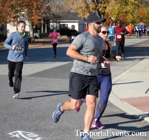 Gobble Wobble 5K Run/Walk<br><br><br><br><a href='http://www.trisportsevents.com/pics/16_Gobble_Wobble_5K_082.JPG' download='16_Gobble_Wobble_5K_082.JPG'>Click here to download.</a><Br><a href='http://www.facebook.com/sharer.php?u=http:%2F%2Fwww.trisportsevents.com%2Fpics%2F16_Gobble_Wobble_5K_082.JPG&t=Gobble Wobble 5K Run/Walk' target='_blank'><img src='images/fb_share.png' width='100'></a>