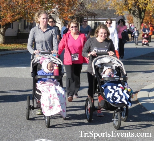 Gobble Wobble 5K Run/Walk<br><br><br><br><a href='http://www.trisportsevents.com/pics/16_Gobble_Wobble_5K_133.JPG' download='16_Gobble_Wobble_5K_133.JPG'>Click here to download.</a><Br><a href='http://www.facebook.com/sharer.php?u=http:%2F%2Fwww.trisportsevents.com%2Fpics%2F16_Gobble_Wobble_5K_133.JPG&t=Gobble Wobble 5K Run/Walk' target='_blank'><img src='images/fb_share.png' width='100'></a>