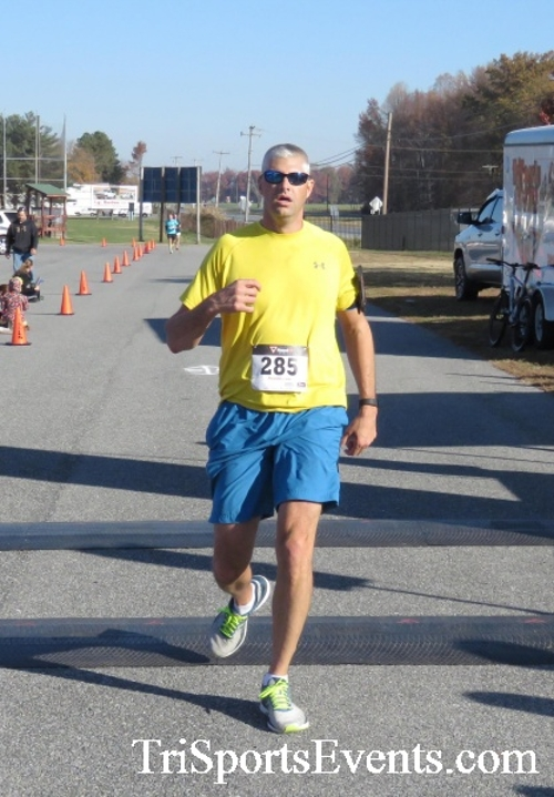 Gobble Wobble 5K Run/Walk<br><br><br><br><a href='http://www.trisportsevents.com/pics/16_Gobble_Wobble_5K_176.JPG' download='16_Gobble_Wobble_5K_176.JPG'>Click here to download.</a><Br><a href='http://www.facebook.com/sharer.php?u=http:%2F%2Fwww.trisportsevents.com%2Fpics%2F16_Gobble_Wobble_5K_176.JPG&t=Gobble Wobble 5K Run/Walk' target='_blank'><img src='images/fb_share.png' width='100'></a>