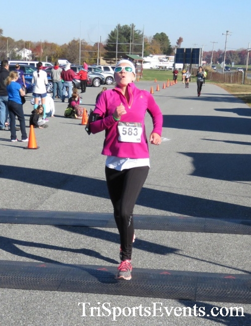 Gobble Wobble 5K Run/Walk<br><br><br><br><a href='http://www.trisportsevents.com/pics/16_Gobble_Wobble_5K_221.JPG' download='16_Gobble_Wobble_5K_221.JPG'>Click here to download.</a><Br><a href='http://www.facebook.com/sharer.php?u=http:%2F%2Fwww.trisportsevents.com%2Fpics%2F16_Gobble_Wobble_5K_221.JPG&t=Gobble Wobble 5K Run/Walk' target='_blank'><img src='images/fb_share.png' width='100'></a>
