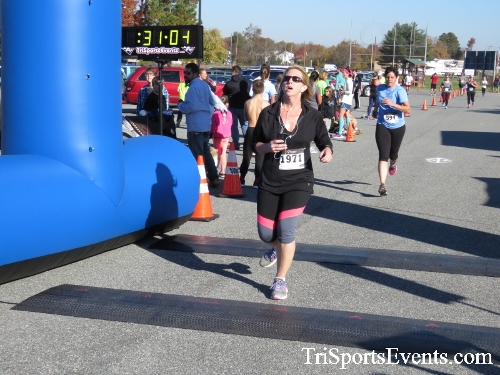 Gobble Wobble 5K Run/Walk<br><br><br><br><a href='http://www.trisportsevents.com/pics/16_Gobble_Wobble_5K_255.JPG' download='16_Gobble_Wobble_5K_255.JPG'>Click here to download.</a><Br><a href='http://www.facebook.com/sharer.php?u=http:%2F%2Fwww.trisportsevents.com%2Fpics%2F16_Gobble_Wobble_5K_255.JPG&t=Gobble Wobble 5K Run/Walk' target='_blank'><img src='images/fb_share.png' width='100'></a>