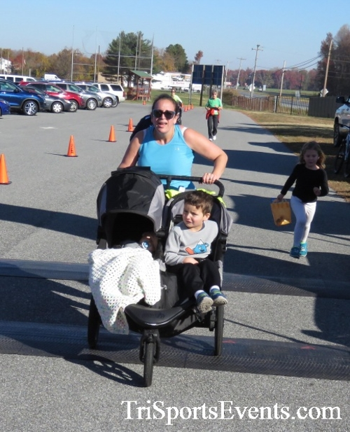 Gobble Wobble 5K Run/Walk<br><br><br><br><a href='http://www.trisportsevents.com/pics/16_Gobble_Wobble_5K_302.JPG' download='16_Gobble_Wobble_5K_302.JPG'>Click here to download.</a><Br><a href='http://www.facebook.com/sharer.php?u=http:%2F%2Fwww.trisportsevents.com%2Fpics%2F16_Gobble_Wobble_5K_302.JPG&t=Gobble Wobble 5K Run/Walk' target='_blank'><img src='images/fb_share.png' width='100'></a>