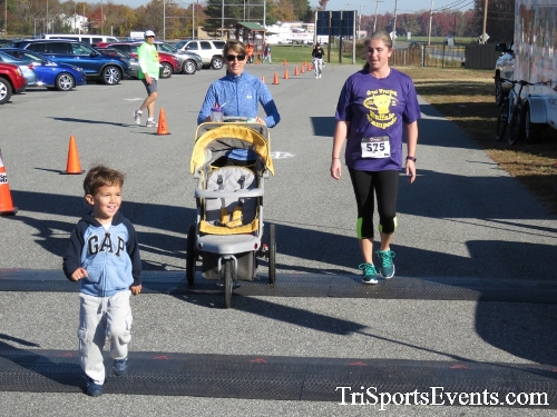 Gobble Wobble 5K Run/Walk<br><br><br><br><a href='http://www.trisportsevents.com/pics/16_Gobble_Wobble_5K_317.JPG' download='16_Gobble_Wobble_5K_317.JPG'>Click here to download.</a><Br><a href='http://www.facebook.com/sharer.php?u=http:%2F%2Fwww.trisportsevents.com%2Fpics%2F16_Gobble_Wobble_5K_317.JPG&t=Gobble Wobble 5K Run/Walk' target='_blank'><img src='images/fb_share.png' width='100'></a>