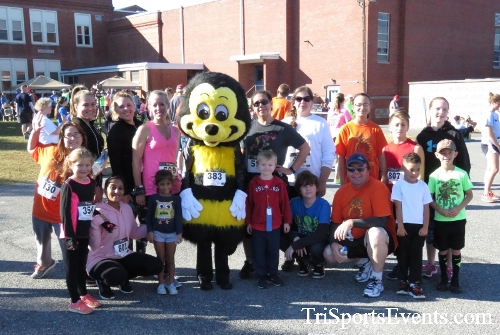 Gobble Wobble 5K Run/Walk<br><br><br><br><a href='http://www.trisportsevents.com/pics/16_Gobble_Wobble_5K_334.JPG' download='16_Gobble_Wobble_5K_334.JPG'>Click here to download.</a><Br><a href='http://www.facebook.com/sharer.php?u=http:%2F%2Fwww.trisportsevents.com%2Fpics%2F16_Gobble_Wobble_5K_334.JPG&t=Gobble Wobble 5K Run/Walk' target='_blank'><img src='images/fb_share.png' width='100'></a>