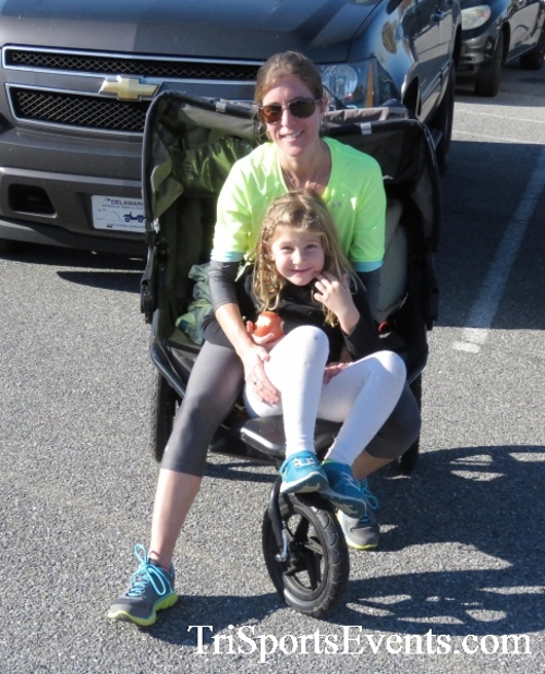 Gobble Wobble 5K Run/Walk<br><br><br><br><a href='http://www.trisportsevents.com/pics/16_Gobble_Wobble_5K_343.JPG' download='16_Gobble_Wobble_5K_343.JPG'>Click here to download.</a><Br><a href='http://www.facebook.com/sharer.php?u=http:%2F%2Fwww.trisportsevents.com%2Fpics%2F16_Gobble_Wobble_5K_343.JPG&t=Gobble Wobble 5K Run/Walk' target='_blank'><img src='images/fb_share.png' width='100'></a>