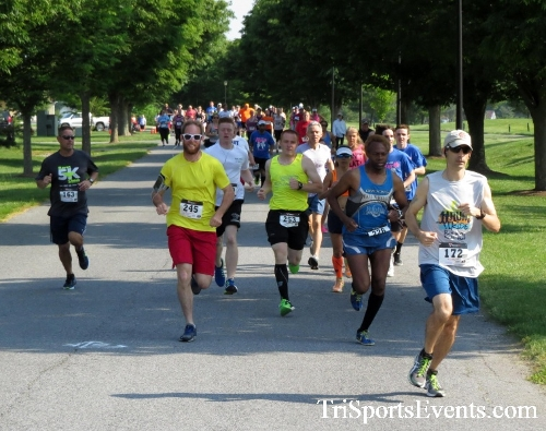 Gotta Have Faye-th 5K Run/Walk<br><br><br><br><a href='https://www.trisportsevents.com/pics/16_Gotta_Have_Faye-th_5K_014.JPG' download='16_Gotta_Have_Faye-th_5K_014.JPG'>Click here to download.</a><Br><a href='http://www.facebook.com/sharer.php?u=http:%2F%2Fwww.trisportsevents.com%2Fpics%2F16_Gotta_Have_Faye-th_5K_014.JPG&t=Gotta Have Faye-th 5K Run/Walk' target='_blank'><img src='images/fb_share.png' width='100'></a>