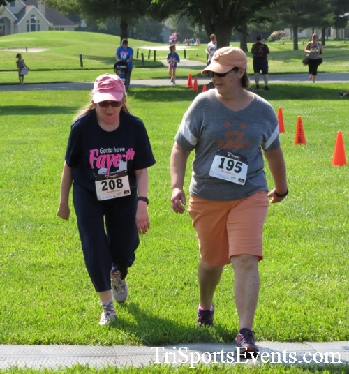 Gotta Have Faye-th 5K Run/Walk<br><br><br><br><a href='https://www.trisportsevents.com/pics/16_Gotta_Have_Faye-th_5K_139.JPG' download='16_Gotta_Have_Faye-th_5K_139.JPG'>Click here to download.</a><Br><a href='http://www.facebook.com/sharer.php?u=http:%2F%2Fwww.trisportsevents.com%2Fpics%2F16_Gotta_Have_Faye-th_5K_139.JPG&t=Gotta Have Faye-th 5K Run/Walk' target='_blank'><img src='images/fb_share.png' width='100'></a>