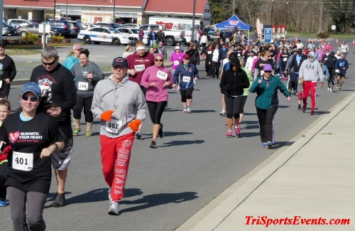 Heart & Sole 5K Run/Walk<br><br><br><br><a href='http://www.trisportsevents.com/pics/16_Heart_&_Sole_5k_049.JPG' download='16_Heart_&_Sole_5k_049.JPG'>Click here to download.</a><Br><a href='http://www.facebook.com/sharer.php?u=http:%2F%2Fwww.trisportsevents.com%2Fpics%2F16_Heart_&_Sole_5k_049.JPG&t=Heart & Sole 5K Run/Walk' target='_blank'><img src='images/fb_share.png' width='100'></a>