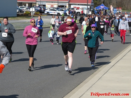 Heart & Sole 5K Run/Walk<br><br><br><br><a href='https://www.trisportsevents.com/pics/16_Heart_&_Sole_5k_050.JPG' download='16_Heart_&_Sole_5k_050.JPG'>Click here to download.</a><Br><a href='http://www.facebook.com/sharer.php?u=http:%2F%2Fwww.trisportsevents.com%2Fpics%2F16_Heart_&_Sole_5k_050.JPG&t=Heart & Sole 5K Run/Walk' target='_blank'><img src='images/fb_share.png' width='100'></a>