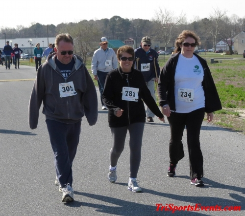 Heart & Sole 5K Run/Walk<br><br><br><br><a href='http://www.trisportsevents.com/pics/16_Heart_&_Sole_5k_080.JPG' download='16_Heart_&_Sole_5k_080.JPG'>Click here to download.</a><Br><a href='http://www.facebook.com/sharer.php?u=http:%2F%2Fwww.trisportsevents.com%2Fpics%2F16_Heart_&_Sole_5k_080.JPG&t=Heart & Sole 5K Run/Walk' target='_blank'><img src='images/fb_share.png' width='100'></a>