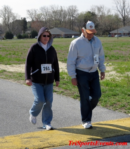 Heart & Sole 5K Run/Walk<br><br><br><br><a href='http://www.trisportsevents.com/pics/16_Heart_&_Sole_5k_083.JPG' download='16_Heart_&_Sole_5k_083.JPG'>Click here to download.</a><Br><a href='http://www.facebook.com/sharer.php?u=http:%2F%2Fwww.trisportsevents.com%2Fpics%2F16_Heart_&_Sole_5k_083.JPG&t=Heart & Sole 5K Run/Walk' target='_blank'><img src='images/fb_share.png' width='100'></a>
