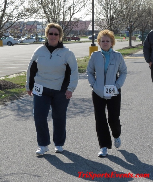 Heart & Sole 5K Run/Walk<br><br><br><br><a href='http://www.trisportsevents.com/pics/16_Heart_&_Sole_5k_088.JPG' download='16_Heart_&_Sole_5k_088.JPG'>Click here to download.</a><Br><a href='http://www.facebook.com/sharer.php?u=http:%2F%2Fwww.trisportsevents.com%2Fpics%2F16_Heart_&_Sole_5k_088.JPG&t=Heart & Sole 5K Run/Walk' target='_blank'><img src='images/fb_share.png' width='100'></a>