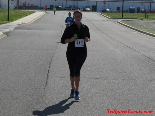 Heart & Sole 5K Run/Walk<br><br><br><br><a href='http://www.trisportsevents.com/pics/16_Heart_&_Sole_5k_139.JPG' download='16_Heart_&_Sole_5k_139.JPG'>Click here to download.</a><Br><a href='http://www.facebook.com/sharer.php?u=http:%2F%2Fwww.trisportsevents.com%2Fpics%2F16_Heart_&_Sole_5k_139.JPG&t=Heart & Sole 5K Run/Walk' target='_blank'><img src='images/fb_share.png' width='100'></a>