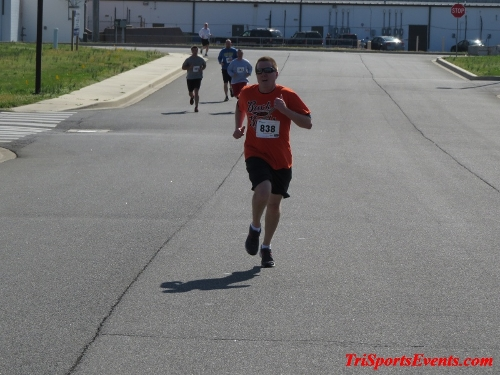 Heart & Sole 5K Run/Walk<br><br><br><br><a href='http://www.trisportsevents.com/pics/16_Heart_&_Sole_5k_142.JPG' download='16_Heart_&_Sole_5k_142.JPG'>Click here to download.</a><Br><a href='http://www.facebook.com/sharer.php?u=http:%2F%2Fwww.trisportsevents.com%2Fpics%2F16_Heart_&_Sole_5k_142.JPG&t=Heart & Sole 5K Run/Walk' target='_blank'><img src='images/fb_share.png' width='100'></a>